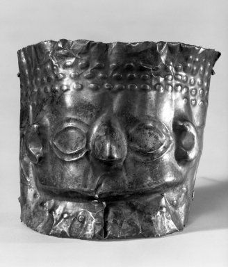 Mask from a Mummy. Gold, 3 3/4 x 5 1/8 in. (9.5 x 13 cm). Brooklyn Museum, Gift as a memorial to Dr. Harlow Brooks, 43.87.6. Creative Commons-BY