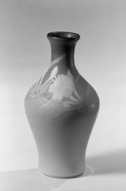 Rookwood Pottery Company (1880-1967). Rookwood Vase, 1900. Glazed white earthenware Brooklyn Museum, Gift of Arthur W. Clement, 44.1.15. Creative Commons-BY