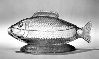 American. Fish Dish. Pressed glass Brooklyn Museum, Gift of Mrs. Edwin P. Maynard, 44.32.9a-b. Creative Commons-BY