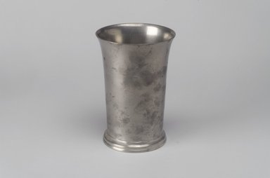 Richard Bennett. Beaker, 1760-1782. Pewter, 5 1/4 x 3 5/8 x 3 5/8 in. (13.3 x 9.2 x 9.2 cm). Brooklyn Museum, Designated Purchase Fund, 45.10.125. Creative Commons-BY