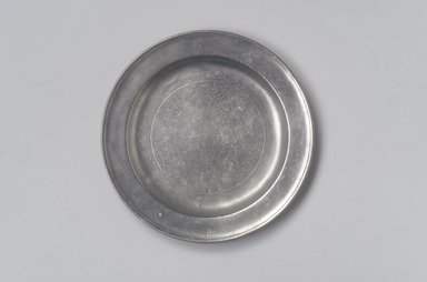 John Will. Plate, 1752-1763. Pewter, 5/8 x 8 3/8 x 8 3/8 in. (1.6 x 21.3 x 21.3 cm). Brooklyn Museum, Designated Purchase Fund, 45.10.145. Creative Commons-BY