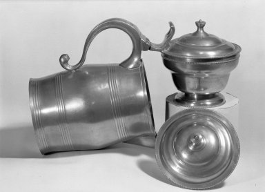 Parks Boyd. Covered Sugar Bowl, 1795-1819. Pewter, 5 1/4 x 4 7/16 in. (13.3 x 11.3 cm). Brooklyn Museum, Designated Purchase Fund, 45.10.211. Creative Commons-BY