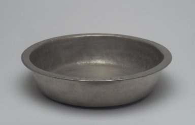 Basin. Pewter, 2 7/8 x 11 3/8 x 11 3/8 in. (7.3 x 28.9 x 28.9 cm). Brooklyn Museum, Designated Purchase Fund, 45.10.191. Creative Commons-BY