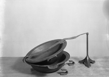 Pewterers Mold For Casting Large Pewter Basins. Copper Brooklyn Museum, Designated Purchase Fund, 45.10.242. Creative Commons-BY