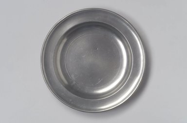 Thomas Danforth Boardman (American, 1784-1873). Plate, 1805-1820. Pewter, 1 x 9 3/8 x 9 3/8 in. (2.5 x 23.8 x 23.8 cm). Brooklyn Museum, Designated Purchase Fund, 45.10.66. Creative Commons-BY