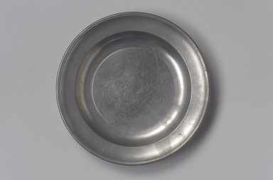 Thomas D. & Sherman Boardman. Plate, 1810-1830. Pewter, 3/4 x 6 1/8 x 6 1/8 in. (1.9 x 15.6 x 15.6 cm). Brooklyn Museum, Designated Purchase Fund, 45.10.79. Creative Commons-BY