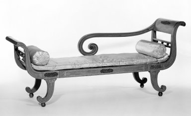 American. Settee, early 19th century. Lacquer, gold leaf and bronze, 32 13/16 x 21 1/4 x 37 5/8 in. (83.3 x 54 x 95.5 cm). Brooklyn Museum, Gift of Charles Montgomery, 45.173.1. Creative Commons-BY
