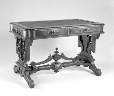 T. Brooks & Company. Rectangular Table, ca. 1875. Walnut wood, 29 x 48 x 28 in. (73.7 x 121.9 x 71.1 cm). Brooklyn Museum, Gift of Eleanor Curnow in memory of her mother, Mary Griffith Curnow, 45.25.3. Creative Commons-BY