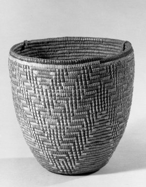 Klikitat (Native American). Imbricated Basket, early 20th century. Fiber, rawhide, 7 1/2 x 8 1/8 x 8 1/8 in. (19 x 20.7 x 20.7 cm). Brooklyn Museum, Gift of Pratt Institute, 46.136.3. Creative Commons-BY