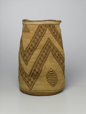 Klikitat (Native American). Cylindrical Basket with Bold Zigzag Patterns, late 19th or early 20th century. Indian hemp, dogbane, cattail, dye from berry juices, 14 15/16 x 9 7/16 x 9 7/16 in. (37.9 x 24 x 24 cm). Brooklyn Museum, Charles Stewart Smith Memorial Fund, 46.193.2. Creative Commons-BY