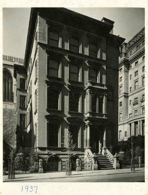 Worsham-Rockefeller Room, built ca. 1864-1865; remodeled ca. 1881. Moorish smoking room from the John D. Rockefeller House, 17 1/2 x 15 1/2 ft. (5.3 x 4.7 m). Brooklyn Museum, Gift of John D. Rockefeller, Jr. and John D. Rockefeller III, 46.43. Creative Commons-BY