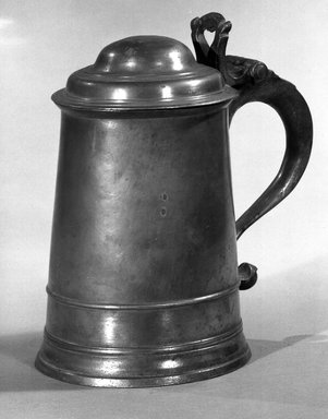 Tankard, 1764-1798. Pewter, 7 5/8 x 6 3/4 x 4 3/4 in. (19.4 x 17.1 x 12.1 cm). Brooklyn Museum, Dick S. Ramsay Fund, 47.182. Creative Commons-BY