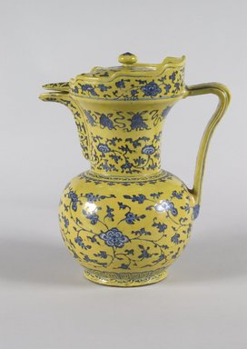 Ewer and Cover, 18th-19th century. Porcelain, With spout and handle: 10 9/16 x 9 1/16 x 6 7/16 in. (26.8 x 23 x 16.3 cm). Brooklyn Museum, Anonymous gift, 47.219.23a-b. Creative Commons-BY