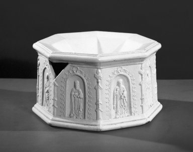 American Pottery Company (1833-1845). Cuspidor, Stoneware, 1833-1845. Stoneware, 4 3/4 x 8 1/8 in. (12.1 x 20.6 cm). Brooklyn Museum, Gift of Arthur W. Clement, 48.1.7. Creative Commons-BY