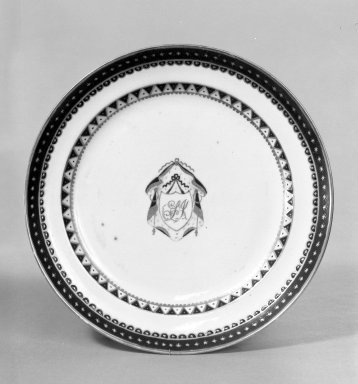 Shallow Dessert Plate, ca. 1810. Porcelain, 7 1/2 in. (19.1 cm). Brooklyn Museum, Gift of Mrs. William Sterling Peters, 48.207.103. Creative Commons-BY