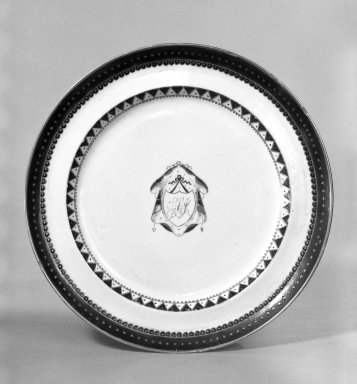 Dinner Plate, 1800-1810. Porcelain, 1 1/8 x 9 7/8 in. (2.9 x 25.1 cm). Brooklyn Museum, Gift of Mrs. William Sterling Peters, 48.207.41. Creative Commons-BY