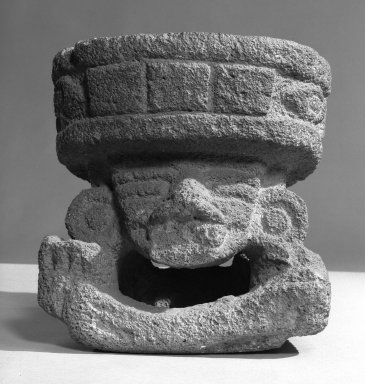 Teotihuacan. Basalt Figure of Huehueteotl, 200-750. Stone, 12 x 10.75 x 8.25 in.  (30.5 x 27.3 x 21.0 cm). Brooklyn Museum, By exchange, 48.22.4. Creative Commons-BY