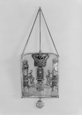 Torah Breastplate, 1855. Filigreed silver, 9 x 7 in. (22.9 x 17.8 cm). Brooklyn Museum, Purchased with funds given by Isador Leviton, 49.228.5. Creative Commons-BY