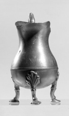Peter Young. Creamer, 1775-1795. Pewter, height: 4 7/8 in. (12.4 cm). Brooklyn Museum, Museum Collection Fund, 50.147. Creative Commons-BY