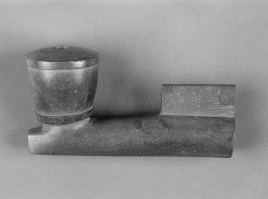 Brooklyn Museum: Red Pipe Bowl