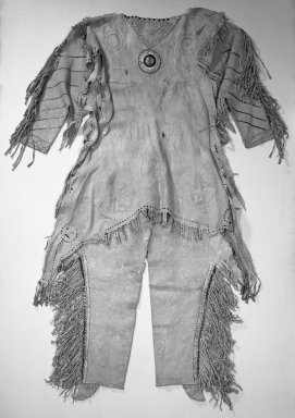 Yanktonai, Nakota, Sioux (Native American). Decorated Shirt, early 19th century. Buckskin, porcupine quills, glass beads, pigment, sinew, 59 x 41 x 16 in. (149.9 x 104.1 x 40.6 cm). Brooklyn Museum, Henry L. Batterman Fund and Frank Sherman Benson Fund, 50.67.3a. Creative Commons-BY
