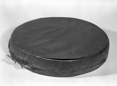 Chippewa (Native American). Two-headed Drum, 1801-1848. Hide, wood, pigment, 2 3/4 x 15 x 15 in. (7 x 38.1 x 38.1 cm). Brooklyn Museum, Henry L. Batterman Fund and the Frank Sherman Benson Fund, 50.67.79. Creative Commons-BY
