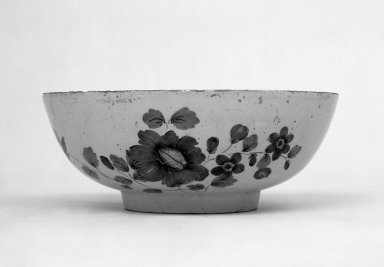 Bowl, mid 18th century. Faience, 3 3/4 x 9 3/8 in. (9.5 x 23.8 cm). Brooklyn Museum, Gift of Townsend Scudder, 51.114.8. Creative Commons-BY