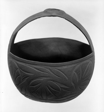 Basket and Handle. Gourd Brooklyn Museum, Gift of John W. Vandercook, 51.140.20. Creative Commons-BY