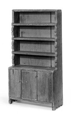 Small Hanging Bookcase, early 18th century. Pine, 32 x 17 x 7 1/2 in. (81.3 x 43.2 x 19.1 cm). Brooklyn Museum, Gift of Mary van Kleeck, 51.157.12. Creative Commons-BY