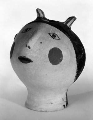 Haak'u (Acoma Pueblo) (Native American). Head with Opening at Top, mid 20th century. Clay, pigment, 5 1/2 x 4 5/16 in. (14 x 11 cm). Brooklyn Museum, Gift of Mary Johnson, 51.243.14. Creative Commons-BY