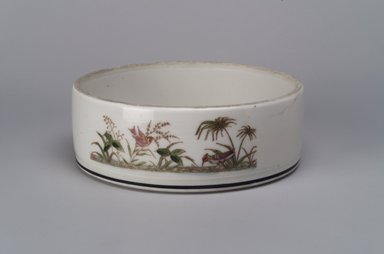 Union Porcelain Works (1863-ca. 1922). Bowl, ca. 1880. Porcelain, 2 1/4 x 6 3/8 x 6 3/8 in. (5.7 x 16.2 x 16.2 cm). Brooklyn Museum, 54.73. Creative Commons-BY
