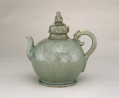 Ewer with Cover, first half 12th century. Stoneware with underglaze slip decoration and celadon glaze, 9 7/8 x 9 1/2 x 5 1/2 in. (25.1 x 24.1 x 14 cm). Brooklyn Museum, Gift of Mrs. Darwin R. James III, 56.138.1a-b. Creative Commons-BY