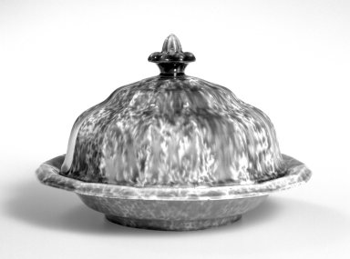 Lyman Fenton & Company. Butter Dish, ca 1850. Rockingham glazed earthenware, 5 1/4, diameter: 7 3/4 in.  (13.3 x 19.7 cm). Brooklyn Museum, Gift of Mr. and Mrs. Samuel Schwartz, 56.178a-c. Creative Commons-BY