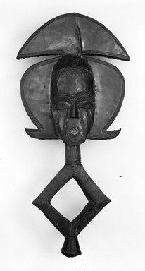 Kota (Ndassa subgroup). Reliquary Guardian Figure (Mbulu Viti), late 19th-early 20th century. Wood, copper, copper alloy, iron, 24 13/16 x 12 3/16 x 4 in. (63.0 x 31.0 x 10.1 cm). Brooklyn Museum, Gift of Arturo and Paul Peralta-Ramos, 56.6.20. Creative Commons-BY