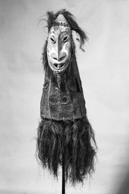 Iatmul. Mask. Wood, 40 3/8 x 31 1/2 in.  (102.5 x 80.0 cm). Brooklyn Museum, Gift of Arturo and Paul Peralta-Ramos, 56.6.2. Creative Commons-BY