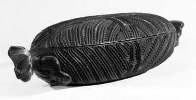 Maori. Treasure Box with Lid  (Wakahuia), 19th century. Wood, a:  20 x 6 7/16 x 1 9/16 in.  (50.8 x 16.4 x 4.0 cm);. Brooklyn Museum, Gift of Arturo and Paul Peralta-Ramos, 56.6.62a-b. Creative Commons-BY