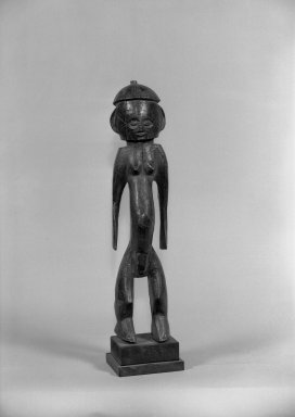 Ngbaka. Figure of Standing Male (Seto), late 19th-early 20th century. Wood, 12 1/4 x 4 1/2 x 4 in. (54.0 x 11.7 x 10.0 cm). Brooklyn Museum, Gift of Arturo and Paul Peralta-Ramos, 56.6.99. Creative Commons-BY