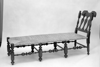 American. Daybed, ca. 1725. Walnut, 38 x 23 1/2 x 66 in. (96.5 x 59.7 x 167.6 cm). Brooklyn Museum, Gift of Ironton Austin Kelly, III, 57.211.5. Creative Commons-BY
