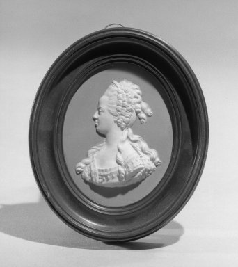 Wedgwood & Bentley (1759-present). Portrait Medallion, ca. 1775. Jasperware Brooklyn Museum, Gift of Emily Winthrop Miles, 58.194.35. Creative Commons-BY