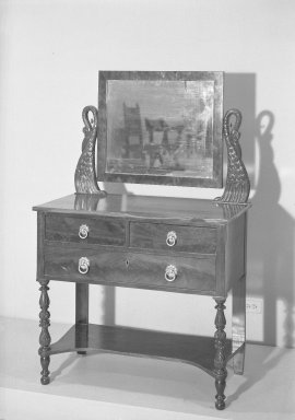 Dressing Table, ca. 1820. Mahogany Brooklyn Museum, Gift of Mrs. Stuart Scott, 59.141.1. Creative Commons-BY