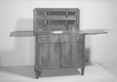 Sideboard, ca.1800. Mahogany veneer, Closed: 35 x 38 1/2 x 18 1/4 in. (88.9 x 97.8 x 46.4 cm). Brooklyn Museum, Gift of Mrs. Alfred Zoebisch, 59.143.31a-b. Creative Commons-BY