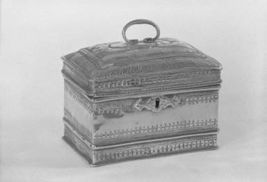 Tea Caddy, ca. 1700. Brass Brooklyn Museum, Museum Collection Fund, 59.37. Creative Commons-BY