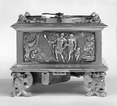 Johann Sayller. Table Clock, 17th century. Bronze, silver and steel, 4 1/2 x 5 1/2 x 5 1/2 in. (11.4 x 14 x 14 cm). Brooklyn Museum, Bequest of James Hazen Hyde, 60.12.83. Creative Commons-BY