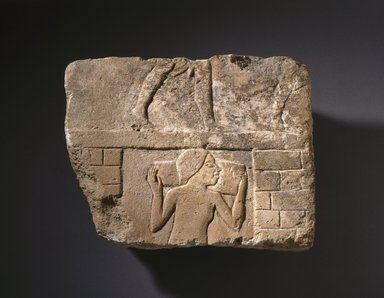 Man Carrying a Talatat, ca. 1352-1347 B.C.E. Limestone, painted, 8 3/8 x 10 5/8 x 1 7/16 in. (21.2 x 27 x 3.6 cm). Brooklyn Museum, Charles Edwin Wilbour Fund, 61.195.1. Creative Commons-BY