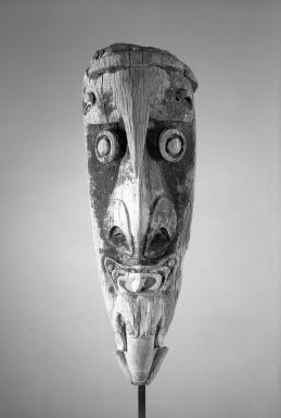 Brooklyn Museum: Headhunting Canoe Prow