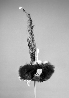 Headdress. Feathers, fiber Brooklyn Museum, Gift of Stanley Ross, 62.55.7. Creative Commons-BY