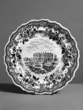 Round Plate. Earthenware Brooklyn Museum, Gift of Mrs. William C. Esty, 63.186.81. Creative Commons-BY