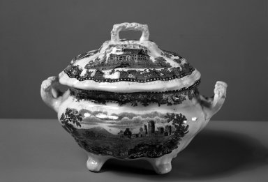 J & J Jackson. Small Tureen, ca. 1835. Earthenware, 6 1/2 x 7 1/2 x 5 1/2 in. (16.5 x 19.1 x 14 cm). Brooklyn Museum, Gift of Mrs. William C. Esty, 63.186.82a. Creative Commons-BY