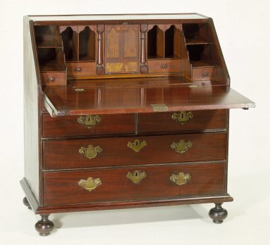 Desk, ca. 1725. mahogany, red gumwood, poplar, Overall Height: 38 1/8 in. (96.8 cm). Brooklyn Museum, Purchased with funds given by anonymous donors, 63.42. Creative Commons-BY
