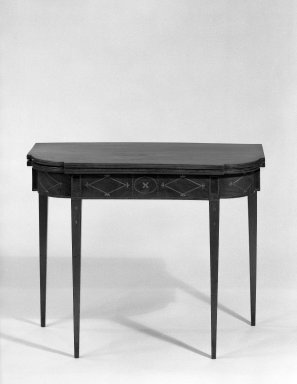 American. Card Table. Mahogany Brooklyn Museum, Gift of the Estate of Jeannette S. Taylor, 63.98. Creative Commons-BY